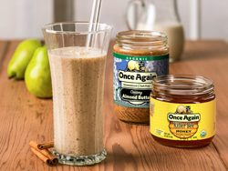 Almond Ginger Pear Smoothie