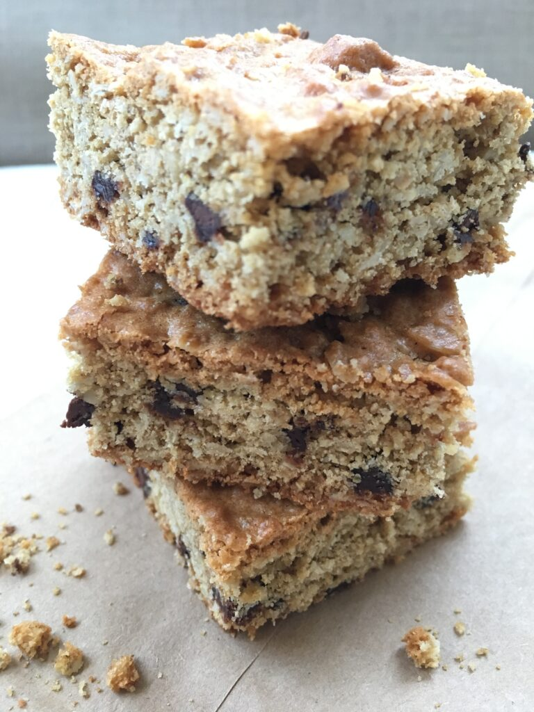 Oats and Chocolate Chips Cookie Squares